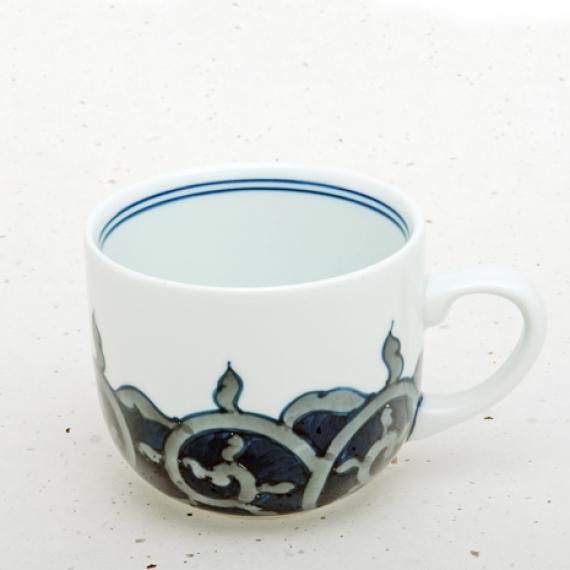 <47CLUB>  伊万里焼 藍鍋島 マグカップ<藍唐草>画像