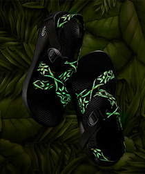 Chaco ( チャコ ) の数量限定「Limited Glow in the dark」モデルがZOZOTOWN店で先行発売開始!