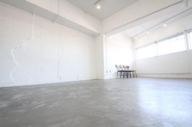 Creator's District1002 | コンクリート打ちっぱなしの床