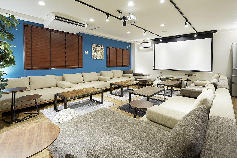 Lounge-R TERRACE 渋谷   スクリーンあります