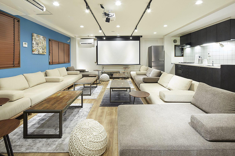 Lounge-R TERRACE 渋谷   ゆったりできるスペース