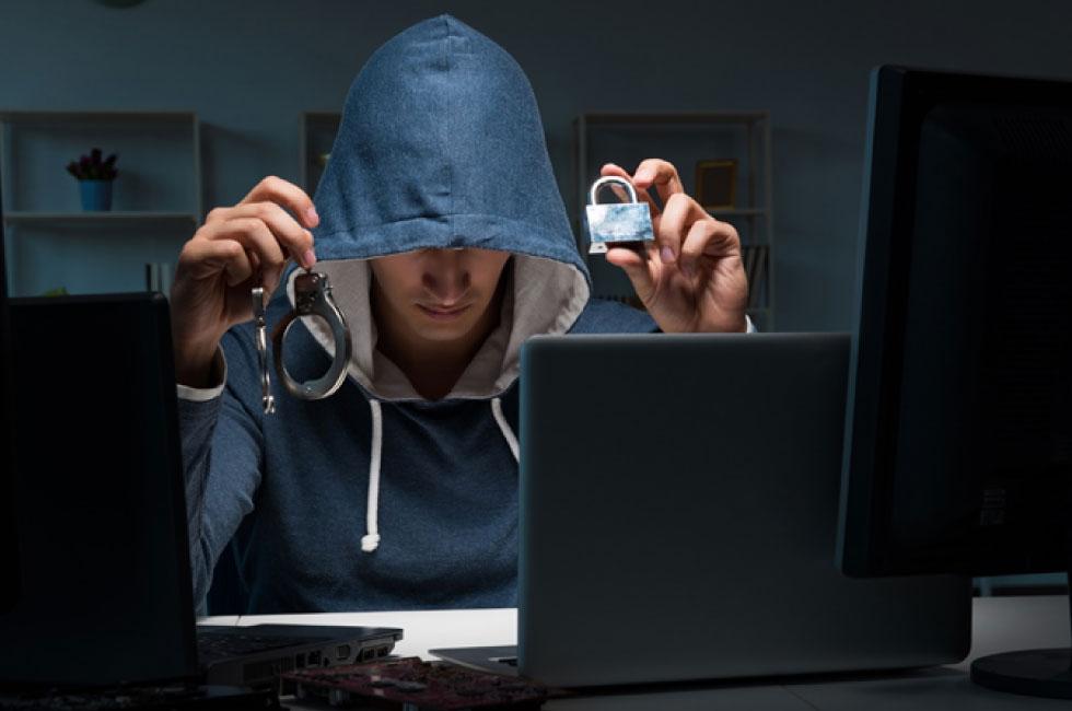 情報セキュリティ対策の甘さをねらう脅威の種類