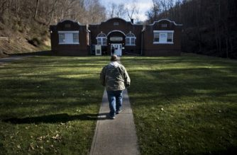 A man arrives at the Community Health Center of NE Wetzel County March 22, 2017 in Burton, West Virginia. The Republican-controlled House of Representatives votes Thursday on a key plank of Trump's legislative agenda -- his plan to repeal and replace Obamacare, his predecessor's crowning domestic policy achievement. / AFP PHOTO / Brendan Smialowski