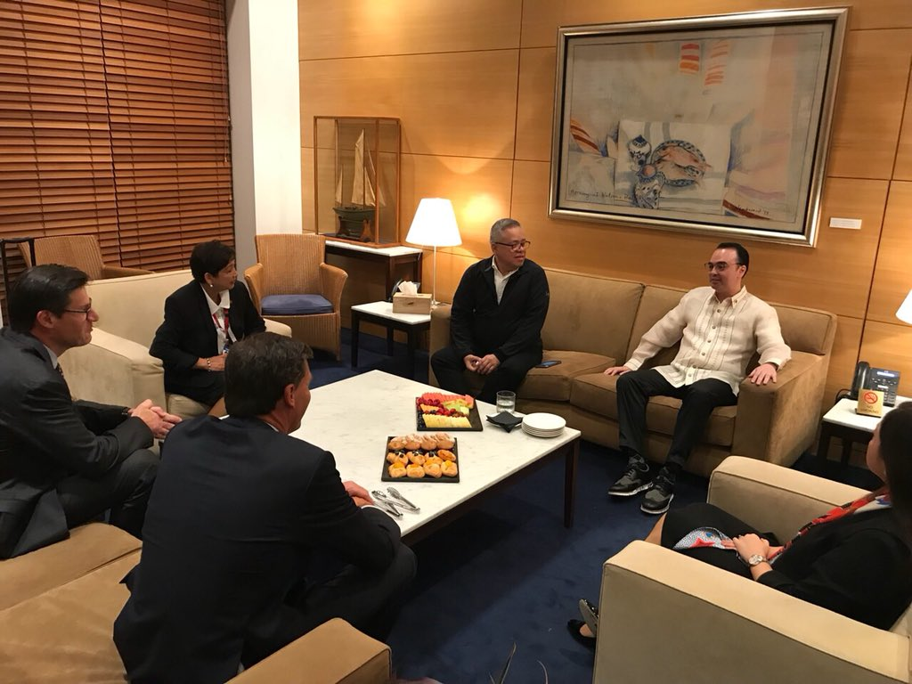 LOOK: Foreign Affairs Secretary Cayetano arrives in Sydney for ASEAN-Australia meet