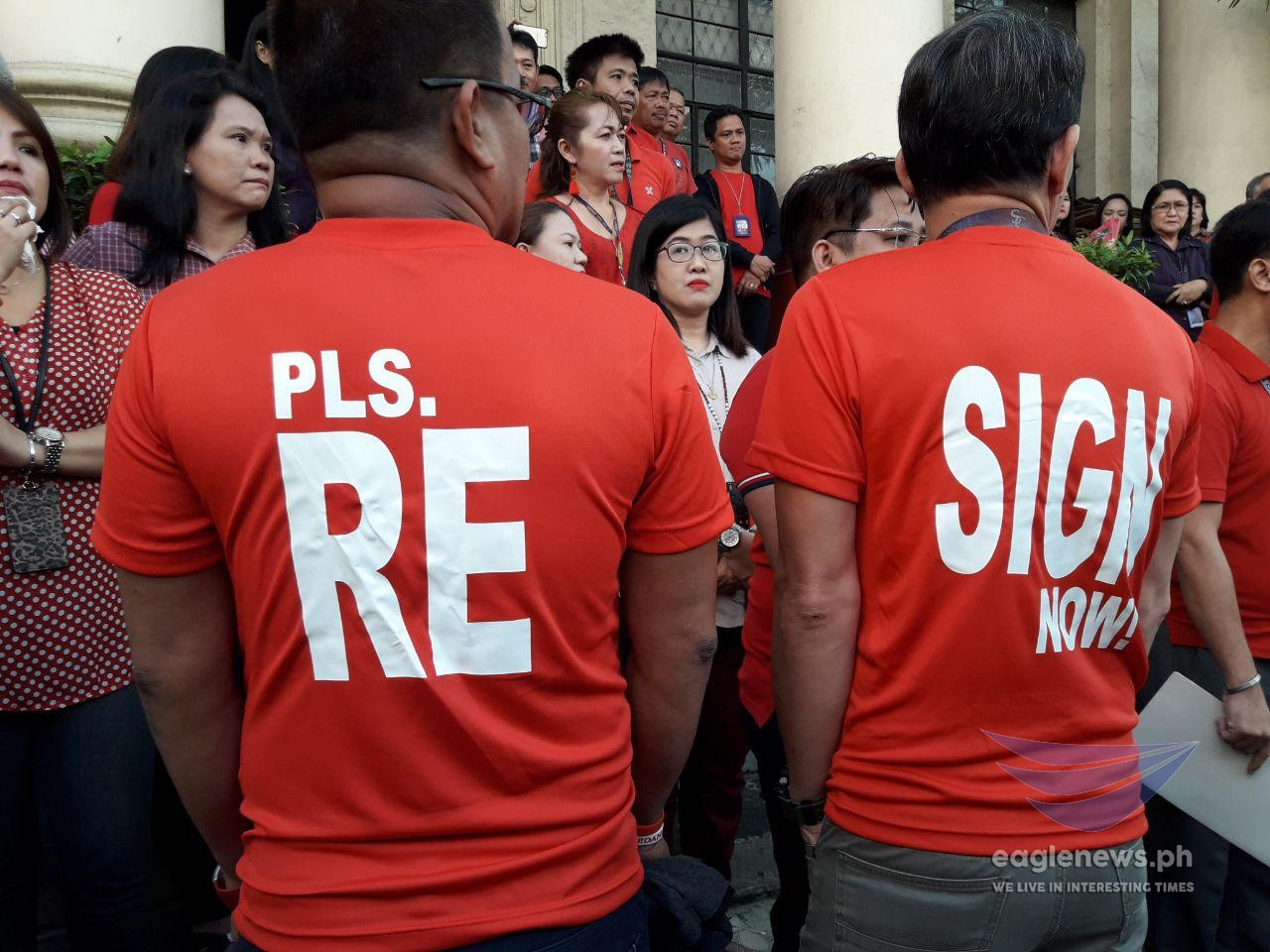 """Resign now"" – SC employees, court judges and court employees nationwide ask Sereno"