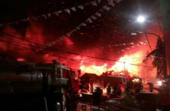 The fire in Sta. Cruz, Manila on Friday, April 27, left at least five injured. /Raha fire volunteer/