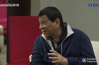 Look: President Duterte arrives in Singapore for ASEAN Summit