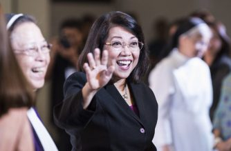 Philippine's Chief Justice Maria Lourdes Sereno (C) greets students prior to delivering her speech at a forum at St. Scholastica's college in Manila on March 7, 2018. Sereno faces removal from office through impeachment by President Rodrigo Duterte's congressional allies that critics allege is part of his efforts to silence and destroy critics. / AFP PHOTO / Ted ALJIBE