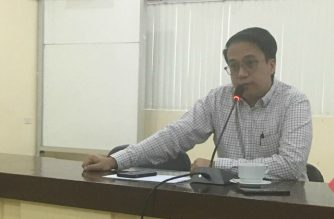 "Transportation Assistant Secretary Mark Tolentino holds a press conference on Friday, May 18. In the press conference, Tolentino claimed ""higher-ups  in the Department of Transportation were attempting to derail the Mindanao Railway Project./Tolentino Facebook page/"