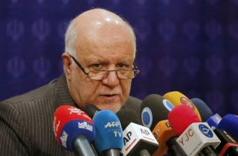 (FILE) Iran's Oil Minister Bijan Namdar Zanganeh speaks during a press conference in the capital Tehran on February 4, 2018. / AFP Photo/ Atta Kenare