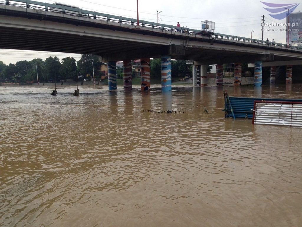 News in Photos: Marikina River water level now at 16 meters
