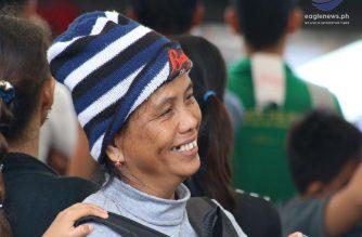 Look: Happy faces at the Iglesia Ni Cristo's Aid to Fight Poverty in Manila #lingaplabansakahirapan