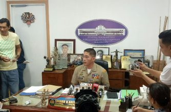 Col. Edgar Arevalo, AFP spokesperson, speaks to reporters on Tuesday, July 31, after a bomb explosion that killed 10 in Basilan./Mar Gabriel/Eagle News Service/