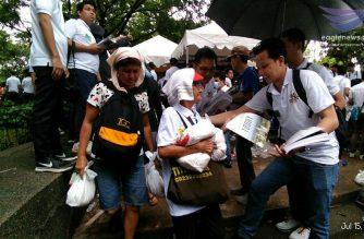 """Iglesia Ni Cristo distributes food packs and goody bags in """"Lingap Laban sa Kahirapan"""" in Manila"""