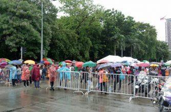 Tuloy tuloy ang pagdagsa ng mga kaanib sa Iglesia ni Cristo at kanilang mga panauhin dito sa Luneta Park./Mar Gabriel/Eagle News/