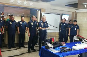 Philippine National Police Chief Director General Oscar Albayalde presides over a press conference on Thursday, July 5. He is flanked by Chief Supt. Guillermo Eleazar, National Capital Region Police Office director./Mar Gabriel/Eagle News Service/