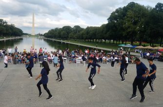 Dancers perform at the steps of the Lincoln Memorial in Washington DC during the INConcert event of the Iglesia Ni Cristo. Photo by Dexter Manglicmot, EBC Washington D.C. Bureau.