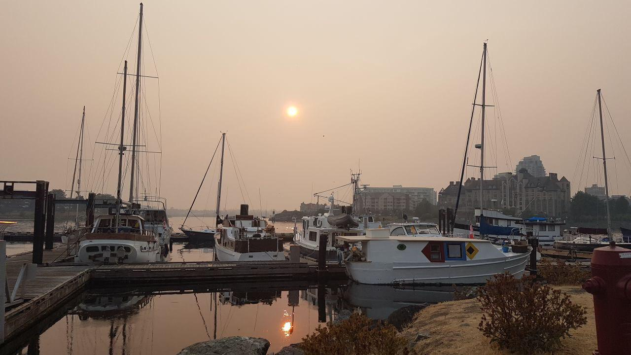 Smoke, haze continue to blanket Vancouver skies