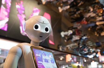Pepper, a humanoid robot manufactured by SoftBank Robotics, is pictured at the SoftBank Robotics exhibition stand during the VivaTech trade fair (Viva Technology), on May 25, 2018 in Paris. / AFP PHOTO / JOEL SAGET