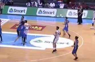 Gilas Pilipinas defeats Qatar in FIBA World Cup qualifiers match on MOnday night, Sept. 17, 2018 at theSmart Araneta Coliseum in Quezon City.  (Photo grabbed from ESPN/TV 5 video)