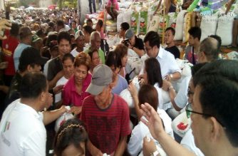 The Iglesia Ni Cristo immediately conducted relief distribution in Dagupan City, Pangasinan on Monday, Sept. 17, 2018 to help residents affected by typhoon Ompong.  (Eagle News Service)