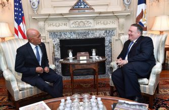 Defense Secretary Delfin Lorenzana and US Secretary of State Michael Pompeo meet in Washington on September 19./US State Department/