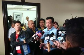 (File photo) Senator Antonio Trillanes IV holding a press briefing with reporters late Thursday night, Sept. 6, inside the Senate.  (Courtesy Earlo Bringas, Eagle News Service)