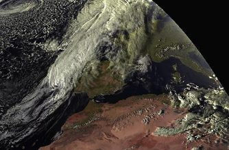 "This handout image released on October 13, 2018 by the Spanish Meteorological Agency (AEMET) and taken by EUMETSAT shows a satellite image of hurricane Leslie approching the Iberian Peninsula. - Portugal placed most of the country under red alert as Hurricane Leslie, which threatens to be the fiercest storm to hit the country since 1842, approached the coast. The Spanish authorities, meanwhile, were making their own preparations for the hurricane, which Spanish meteorologists expect to reach their territory early Sunday. (Photo by Handout / AEMET / AFP) / RESTRICTED TO EDITORIAL USE - MANDATORY CREDIT ""AFP PHOTO / AEMET HANDOUT / EUMETSAT "" - NO MARKETING NO ADVERTISING CAMPAIGNS - DISTRIBUTED AS A SERVICE TO CLIENTS"