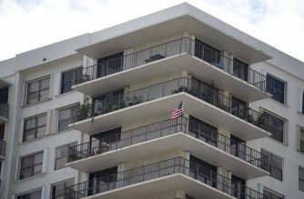 General view of the Clipper Apartment Building at Biscayne Cove, Florida, on October 26, 2018. - The building reportedly has been identified as the home of the mother of Cesar Sayoc's, who was arrested in connection with the explosive device mailings. Media also reports that Cesar Sayoc is connected to an apartment in the complex. (Photo by Michele Eve Sandberg / AFP)