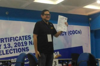 Senator Bam Aquino files his certificate of candidacy with the Commission on Elections (COMELEC) main office in Manila on Tuesday, October 16, 2018. (Photo courtesy Jerold Tagbo, Eagle News Service)