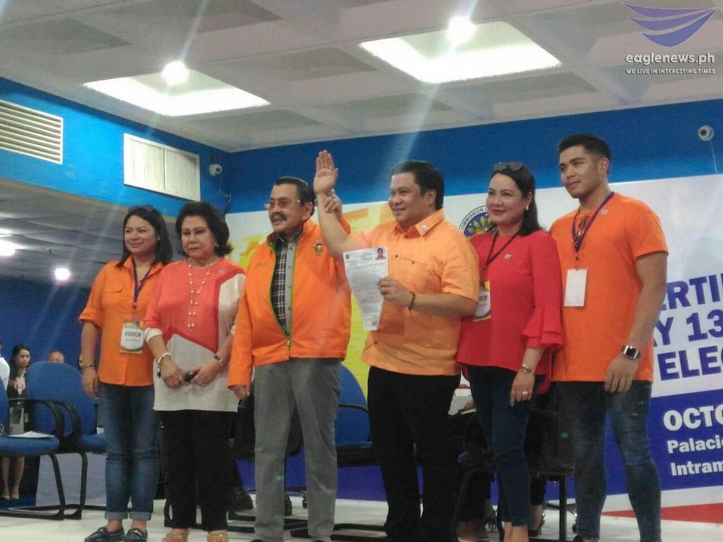 Jinggoy Estrada files COC for senate run in 2019