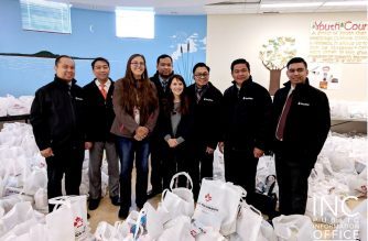 Members of Legislative Assembly Judy Klassen and Cindy Lamoureux with FYM Foundation representatives at the Iglesia Ni Cristo's  'AID FOR HUMANITY' at Turtle Island Community Center, Winnipeg on September 28, 2018.  (Photo Courtesy INC-Public Information Office)