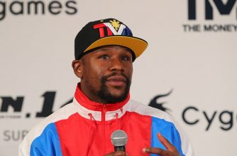 """This handout photograph taken by Rizin Fighting Federation on November 5, 2018 shows US boxer Floyd Mayweather Jr. speaking during a press conference in Tokyo to announce his fight with Japanese kickboxer Tenshin Nasukawa. - Boxing superstar Floyd Mayweather Jr said on november 5, 2018 he will come out of retirement to fight Japanese kickboxer half his age Tenshin Nasukawa, on New Year's Eve in Saitama. (Photo by Handout / RIZIN FIGHTING FEDERATION / AFP) / --- RESTRICTED TO EDITORIAL USE - MANDATORY CREDIT """"AFP PHOTO / RIZIN FIGHTING FEDERATION"""" - NO MARKETING NO ADVERTISING CAMPAIGNS - DISTRIBUTED AS A SERVICE TO CLIENTS --- NO ARCHIVES"""