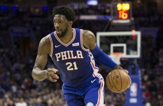 PHILADELPHIA, PA - OCTOBER 18: Joel Embiid #21 of the Philadelphia 76ers drives to the basket against the Chicago Bulls at the Wells Fargo Center on October 18, 2018 in Philadelphia, Pennsylvania. NOTE TO USER: User expressly acknowledges and agrees that, by downloading and or using this photograph, User is consenting to the terms and conditions of the Getty Images License Agreement.   Mitchell Leff/Getty Images/AFP