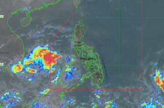 At 10:00 AM today , the Low Pressure Area (LPA) was estimated, based on all available data, at 230 km South Southwest of Pagasa Island, Palawan (OUTSIDE PAR)   (9.8 °N, 113.6 °E). This  weather system is now outside the Philippine Area of Responsibility ( PAR ). Photo courtesy of http://bagong.pagasa.dost.gov.ph/