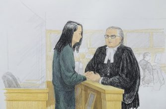 In this courtroom sketch by Jane Wolsak and released to AFP by the artist, Meng Wanzhou (L), Huawei's chief financial officer, speaks with lawyer David Martin in the courtroom in Vancouver, British Columbia on December 10, 2018. - Meng Wanzhou, Huawei's chief financial officer, faces US fraud charges related to alleged sanctions-breaking dealings with Iran, and has been awaiting a Canadian court's bail decision. (Photo by Jane Wolsak / Jane Wolsak / AFP)