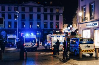 Police, firefighters and emergency services intervene on Place Gutenberg after a shooting on December 11, 2018 in Strasbourg, eastern France. - The suspect who killed at least two people and injured 11 at Strasbourg's Christmas market was due to be arrested by police earlier in the day over a separate attempted murder, a source close to the investigation said. (Photo by Abdesslam MIRDASS / AFP)