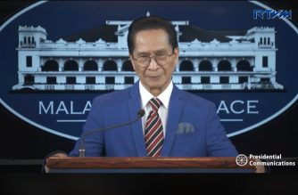 Presidential Spokesperson and Chief Presidential Legal Counsel Secretary Salvador Panelo holds a press briefing for the Malacañang Press Corps (MPC) at the New Executive Building (NEB) in Malacañang on December 14, 2018.  (Photo grabbed from RTVM video)