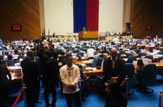 The 17th Congress on Wednesday, Dec. 12, voted to extend martial law in Mindanao for another year. President Rodrigo Duterte had written the lawmakers a letter asking for the extension, which he and members of his government had said was needed to quell the subsisting rebellion in the region and to sustain the gains made there./Meanne Corvera/Eagle News Service/
