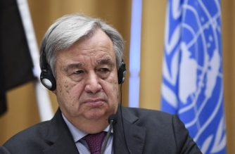 The United Nations' Secretary General Antonio Guterres holds a press conference following the Yemen peace consultations taking place at Johannesberg Castle in Rimbo, north of Stockholm, Sweden, on December 13, 2018. - Yemen's government and rebels have agreed to a ceasefire in flashpoint Hodeida, where the United Nations will now play a central role, the UN chief said. (Photo by Jonathan NACKSTRAND / AFP)
