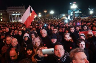 """Thousands of people gather in Warsaw under the slogan """"Stop Hatred"""" on January 14, 2019 to protest against violence and honour Pawel Adamowicz, the late mayor of Polish port city Gdansk, who died after being stabbed in the heart by a young man at a weekend charity fundraiser. (Photo by Janek SKARZYNSKI / AFP)"""