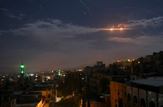 A picture taken early on January 21, 2019 shows Syrian air defence batteries responding to what the Syrian state media said were Israeli missiles targeting Damascus. - Israel struck what it said were Iranian targets in Syria today in response to rocket fire it blamed on Iran, sparking concerns of an escalation after a monitor reported 11 fighters killed. Israel openly claimed responsibility for the strikes against facilities it said belonged to the Iranian Revolutionary Guards' Quds Force, continuing its recent practice of speaking more openly about such raids. (Photo by STR / AFP)