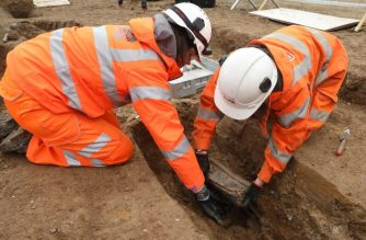 "This recent handout photo released on January 25, 2019 from the HS2 project shows archaeologists removing the coffin plate of Royal Navy captain Matthew Flinders, during the archaeological excavation and research works at St James's Gardens near Euston train station in London as part of the HS2 high-speed rail project. - The remains of the first British explorer to circumnavigate the Australian continent and popularise the country's name have been found near a busy London railway station. (Photo by James O JENKINS / HS2 / AFP) / -----EDITORS NOTE --- RESTRICTED TO EDITORIAL USE - MANDATORY CREDIT ""AFP PHOTO / HS2"" - NO MARKETING - NO ADVERTISING CAMPAIGNS - DISTRIBUTED AS A SERVICE TO CLIENTS - NO ARCHIVES"