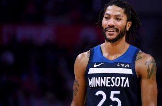 LOS ANGELES, CA - NOVEMBER 05: Derrick Rose #25 of the Minnesota Timberwolves reacts during a 120-109 LA Clipper win at Staples Center on November 5, 2018 in Los Angeles, California.   Harry How/Getty Images/AFP