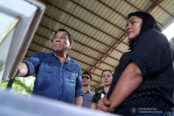 In photos:  President Duterte condoles with families of victims of Jolo blast