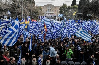 Protesters take part in a demonstration near the Greek Parliament against the agreement with Skopje to rename neighbouring country Macedonia as the Republic of North Macedonia, on January 20, 2019 in Athens. - The proposal faces resistance in Greece because of what critics see as the implied claims to Greek land and cultural heritage. For most Greeks, Macedonia is the name of their history-rich northern province made famous by Alexander the Great's conquests. (Photo by LOUISA GOULIAMAKI / AFP)