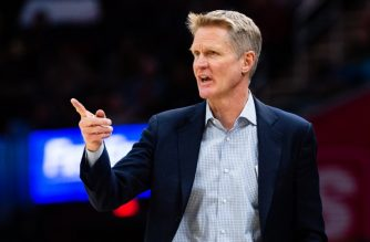 CLEVELAND, OH - DECEMBER 5: Head coach Steve Kerr of the Golden State Warriors yells to his players during the second half against the Cleveland Cavaliers at Quicken Loans Arena on December 5, 2018 in Cleveland, Ohio. The Warriors defeated the Cavaliers 129-105. NOTE TO USER: User expressly acknowledges and agrees that, by downloading and/or using this photograph, user is consenting to the terms and conditions of the Getty Images License Agreement.   Jason Miller/Getty Images/AFP