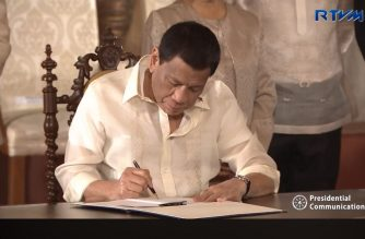 President Rodrigo Duterte leads the signing of the Revised Corporation Code and Universal Healthcare Act; Presentation of Redistricting Southern Leyte Act; Social Security Act of 2018; Philippines Sports Training Center Act; Amendments to the New Central Bank Act; and Turnover of Bangko Sentral ng Pilipinas (BSP) Dividends at the Rizal Hall in Malacañan Palace on February 20, 2019.  (Photo grabbed from RTVM video/Courtesy RTVM)