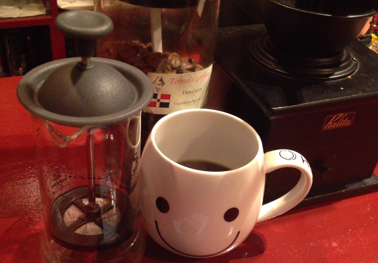 朝5時まで営業 酒屋が店主の「札幌煙管ひいじいCAFE」中央区 札幌