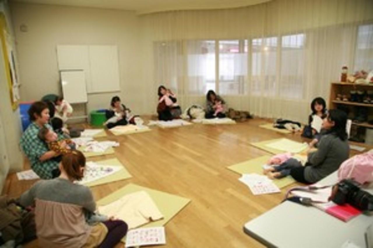 着衣ベビーマッサージ・サイン・食育体験クラス 西区 (11/17) 札幌